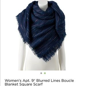 Boucle Blanket Square Scarf